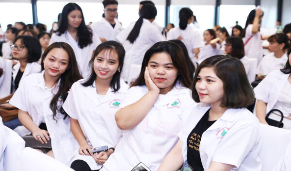 Hình thức xét tuyển cao đẳng dược hệ liên thông và văn bằng 2 tại Hà Nội